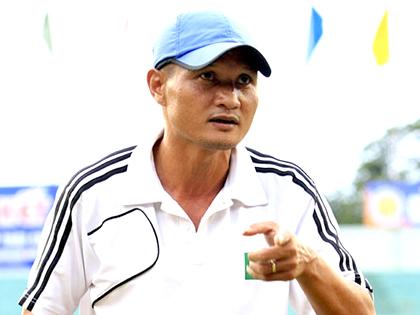 HLV Ngô Quang Trường: 'Tôi cũng hồi hộp với Hải Phòng'