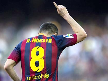 Ở tuổi 32, Andres Iniesta vẫn được cả thế giới ca ngợi