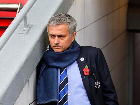 Rộ tin đồn Mourinho đến Man United 'trong vài giờ tới'