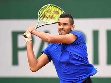 Lượt trận mở màn Roland Garros 2016: Kyrgios thắng nhọc và cãi trọng tài