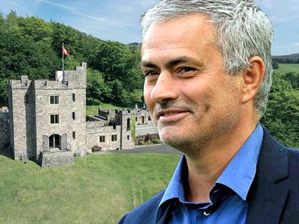 Mourinho vẫn chưa 'an cư' ở Man United