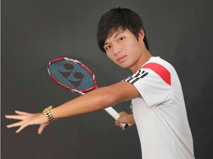 Tay vợt Nguyễn Hoàng Thiên: Murray và Wawrinka, thắng bại nhờ trái 1 tay!