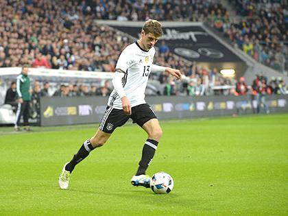 Mọi cầu thủ Đức đều phải đa năng