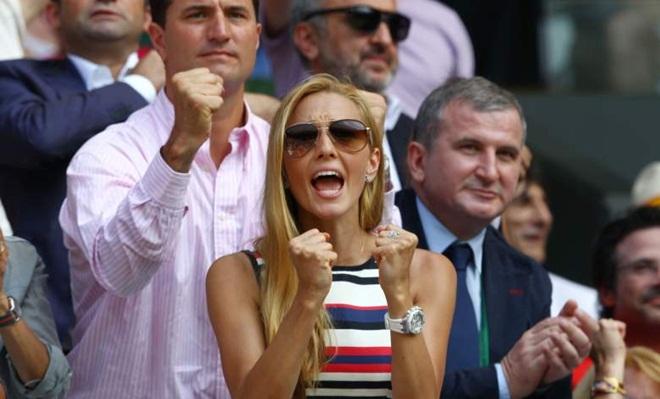 CHÙM ẢNH: Không có 'Thiên thần' nóng bỏng này, Djokovic không thể giành vinh quang tột đỉnh