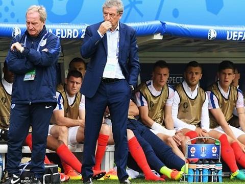 SỐC: Từ HLV 'bỏ đi', Hodgson được ví như... THIÊN TÀI CHIẾN THUẬT!
