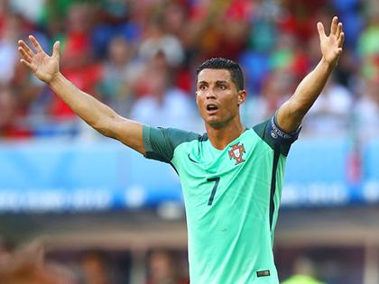 Quan điểm của tôi: Ronaldo, anh không thuộc về nơi ấy