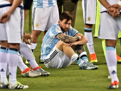 Vì sao Messi nói anh sẽ không chơi cho đội tuyển Argentina nữa?