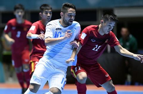 Văn Vũ (11) Chính Là Nhân Tố Chính Trong Đội Hình Đội Tuyển Futsal Việt Nam. Ảnh: Quang Thắng
