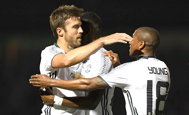 Hàng tiền vệ Man United: Carrick sẽ là cú hích cho Pogba