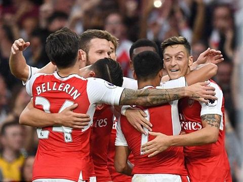 Arsenal đã thắng Chelsea: Vì sao Wenger phải kìm hãm sự sung sướng lại? - Ảnh 2