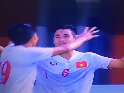 Indonesia 2-2 Việt Nam: Thắng dễ rồi thua nhanh, HLV Hữu Thắng còn 'đau đầu'