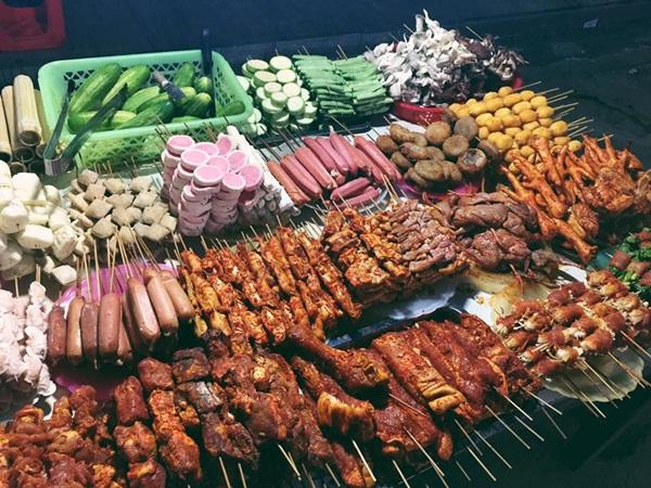 Kinh nghiệm ăn uống giá rẻ khi du lịch xuyên Việt