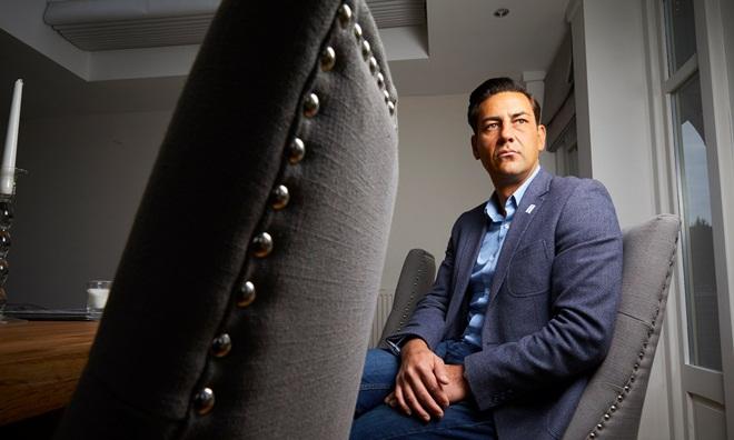 Cựu tuyển thủ Anh 'tố' HLV lạm dụng tình dục suốt 4 năm