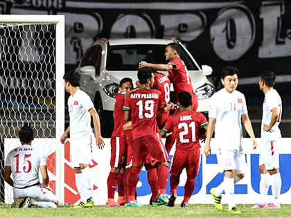 A.Riedl và giấc mộng tái thiết bóng đá Indonesia