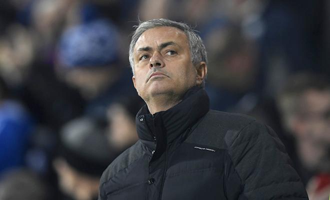 Mourinho bị khuất phục, chịu thỏa hiệp và lo sợ cho chính mình