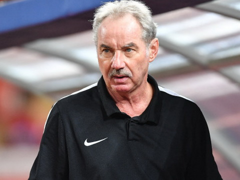 Alfred Riedl chưa nghỉ hưu, muốn ký hợp đồng dài hạn với PSSI
