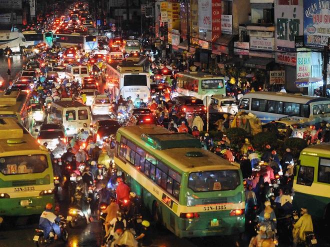 Tết ở Sài Gòn là… khó 'đụng hàng'