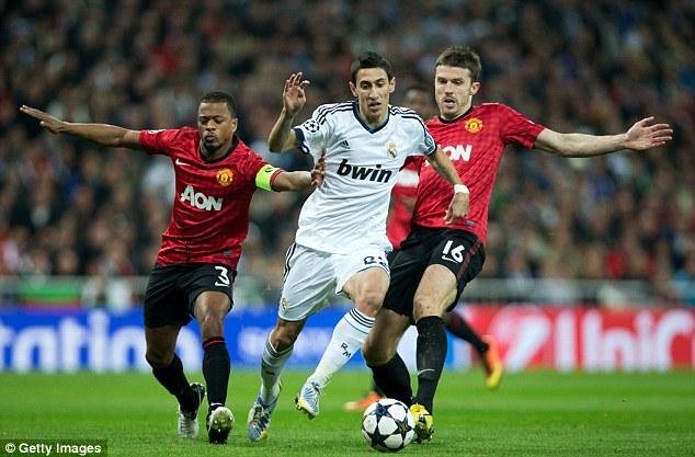 SỐC: Patrice Evra sắp trở lại khoác áo Man United