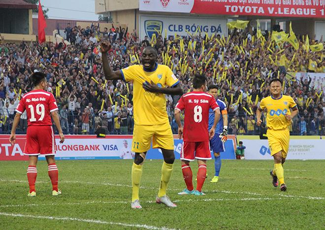 HLV vô địch Champions League nghiêm khắc với ngoại binh FLC Thanh Hóa
