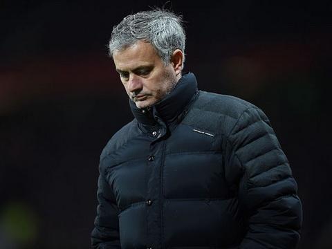 Mourinho thừa nhận Man United có điểm yếu lớn sau trận hòa Liverpool