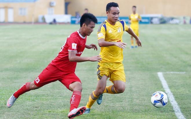 Viettel và Nam Định: 'Ông lớn' nào sẽ trở lại V-League?