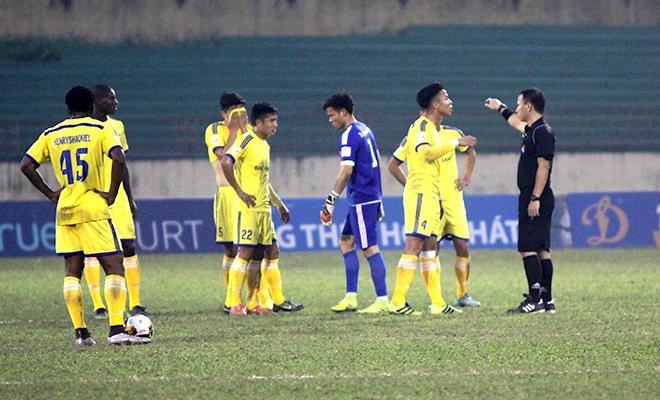 Chuyên gia Nguyễn Văn Vinh trăn trở cùng bóng đá Việt Nam