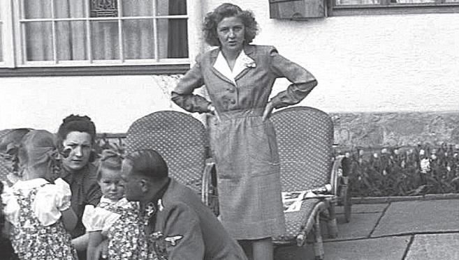 Chuyện chưa biết về người vợ nguyện chết cùng trùm phát xít Hitler