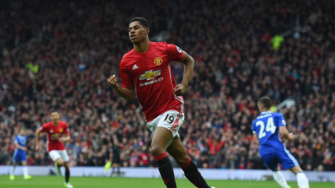 Xem lại trận Man United 2-0 Chelsea qua hình ảnh 3D