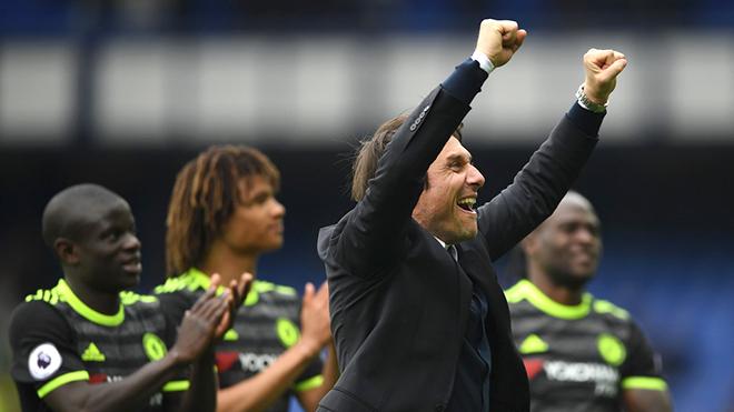 Inter chào mời, Conte có rời Chelsea?