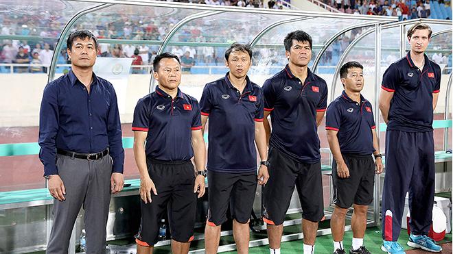 U20 & U22 Việt Nam: Không thành công xin hãy 'thành nhân'