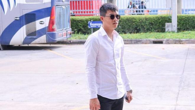 Hậu 'sự cố', Công Vinh sang Thái học cách làm bóng đá