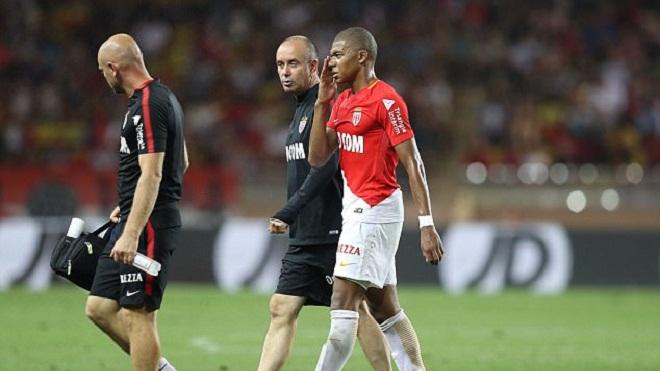 Real, Barca, Man City 'đứng ngồi không yên' vì chấn thương của Mbappe