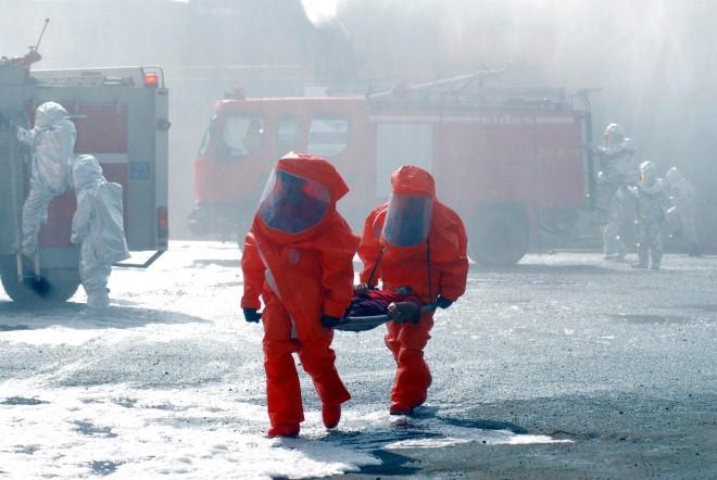 Toàn cảnh hơn 1.200 chiến sĩ 'chiến đấu' chống cháy nổ, rò rỉ hoá chất độc hại