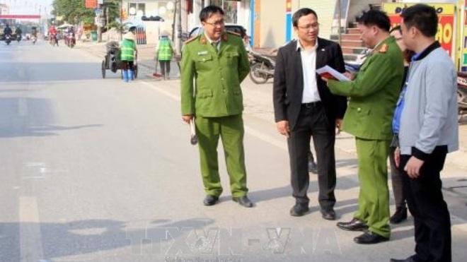 Yêu cầu báo cáo vụ tai nạn đặc biệt nghiêm trọng, ô tô đâm 4 người đi bộ tử vong