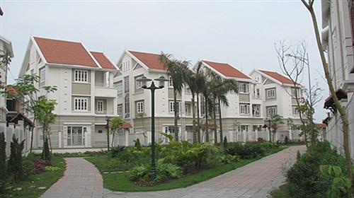 Giá đất nền tăng, thị trường bất động sản Hà Nội 2018 liệu có 'sóng ngầm'?