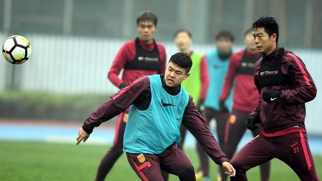 Đối thủ của U23 Việt Nam hạ quyết tâm, 'đại gia' Nhật Bản tiếp tục săn sao Thái Lan