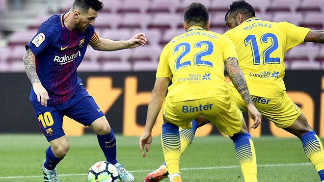Barcelona hãy tự cứu mình, trước khi cậy nhờ Messi
