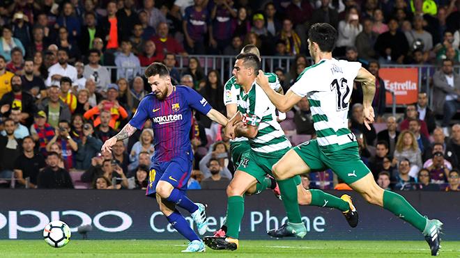 Phép thuật của Leo Messi bù đắp mọi khiếm khuyết của Barca