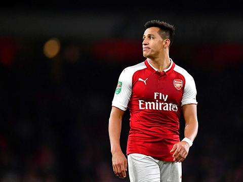 Sanchez vẫn là cơn sóng ngầm ở Arsenal?