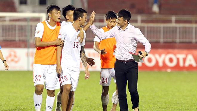 Công Vinh và tính chuyên nghiệp của bóng đá Việt