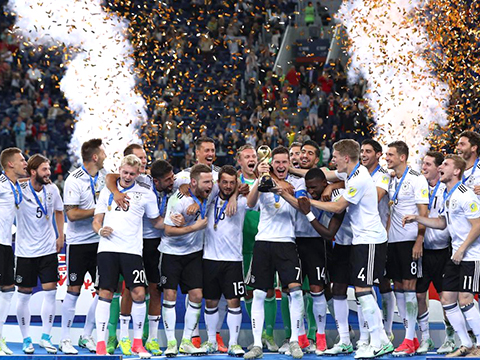 Có thể ra sân với 4 đội hình khác nhau, chiều sâu của người Đức thật sáng sợ