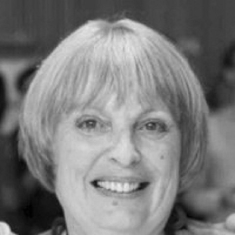 Giám khảo Agnes Poncet - với thâm niên 23 năm làm giám đốc phòng phụ kiện hãng Hermes. Về hưu, bà vẫn tiếp tục là cố vấn cho hãng thời trang danh tiếng này trong lĩnh vực chuyên môn