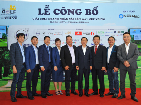 Giải đấu năm nay thu hút gần 300 tay golf là các doanh nhân trên cả nước về tham dự. Ảnh: B.M