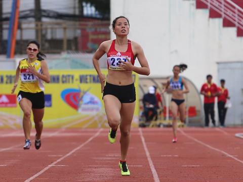 Nguyễn Thị Huyền đang duy trì phong độ ấn tượng trước thềm SEA Games 29. Ảnh: L.G