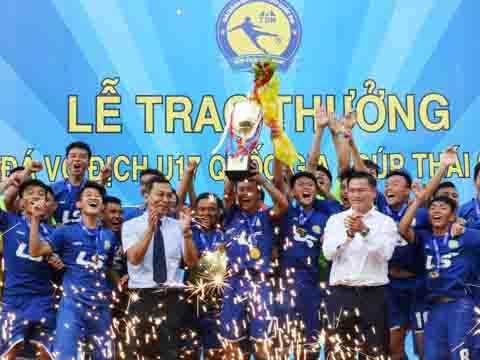 PVF lần thứ 3 vô địch giải U17 Quốc Gia. Ảnh: Quang Phương