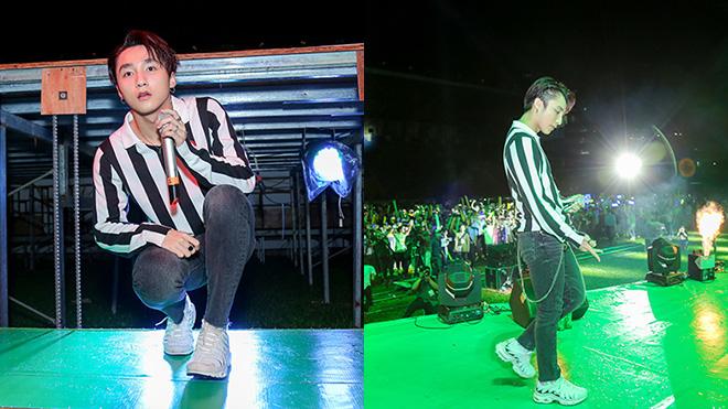 Sơn Tùng M-TP 'trốn' gầm sân khấu, bất ngờ xuất hiện khiến fans ngỡ ngàng