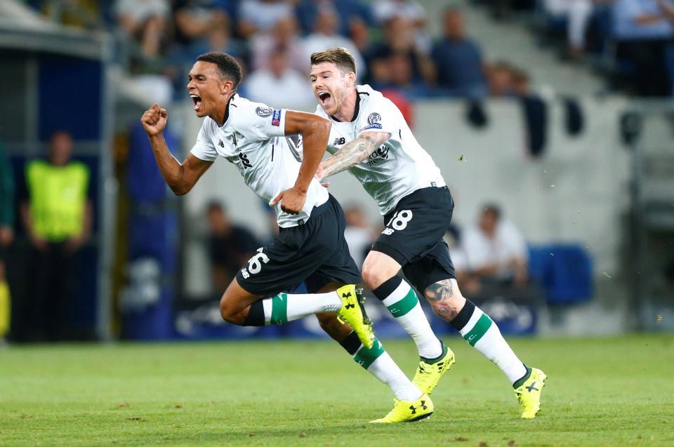 Alexander-Arnold được mệnh danh là 'Gerrard mới' sau pha đá phạt đẹp như mơ cho Liverpool