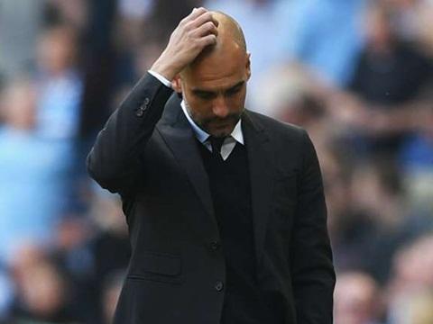 Guardiola đã thất bại trong mùa đầu tiên dẫn dắt Man City
