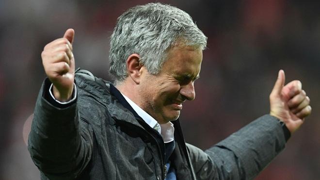 Mourinho đã lộ những kế hoạch dài hạn với Man United như thế nào?