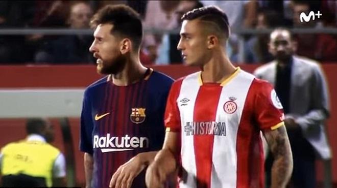 Vì sao cầu thủ vô danh 20 tuổi không xin đổi áo sau khi 'bắt chết' Messi?